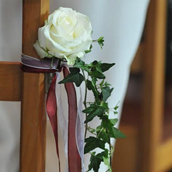 Composition florale chaise mariage monsieur fleur photo