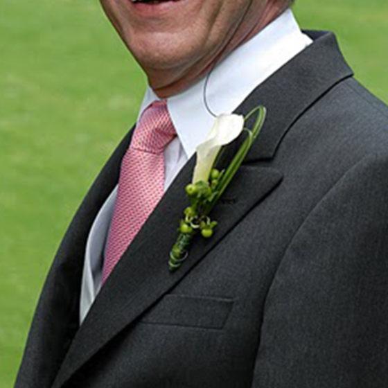Broche mariage monsieur fleur photo