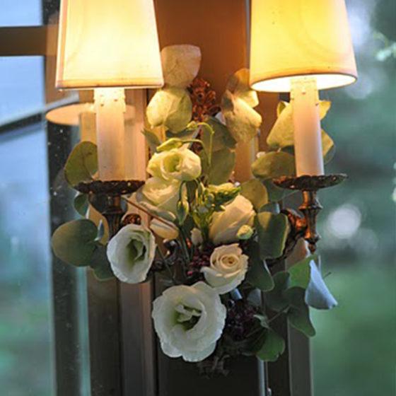 Composition florale lampe mariage monsieur fleur photo