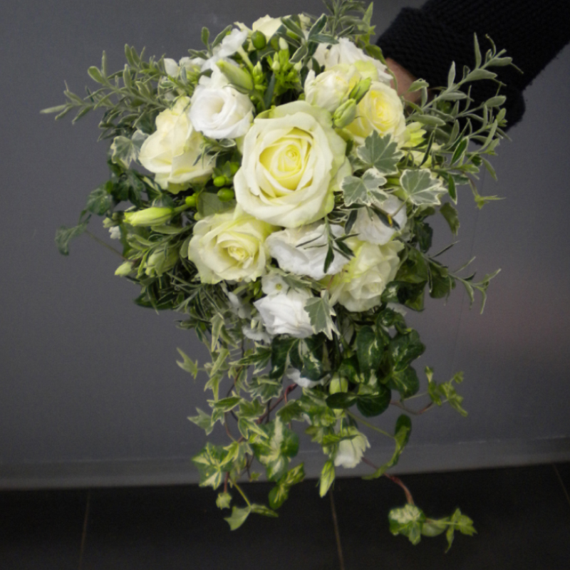 Bouquet-de-mariée-arrangement-floral